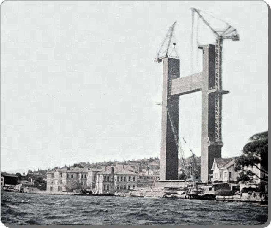 Boğaz Köprüsü'nün Kule Yapım Aşaması