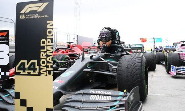 Türkiye GP Sonrası Lewis Hamilton'un Sevinci